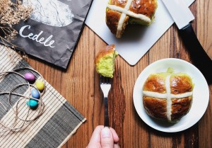 Cedele - Hot Cross Buns - Food on Fork